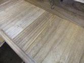 底板の変形割れに埋め木をしました。形のように木が入っているので気お付けてみてください。明日出っ張りを削ります。