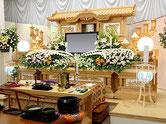 仏式葬儀の祭壇