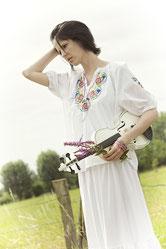Ravienne Art Fotowalk - Portrait, Fashion, Geige, Musik auf Reisen