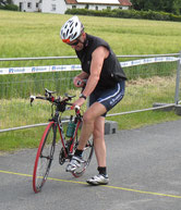Hier hat Rolf noch 90 km Radfahren vor sich!