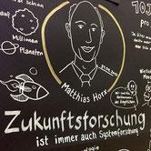 Matthias Horx bestärkt mich bei seinem Vortrag in Salzburg.