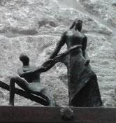 X Estación, Jesús es despojado de sus vestidos