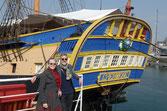 Chantal et Patrick devant l'Hermione, Visitez l'Hermione et le musée de la marine à Rochefort-33km