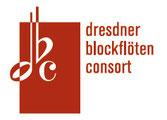 Unser logo beinhaltet die drei Anfangsbuchstaben unseres Ensemblenamens dbc und zugleich die Note d, das Versetzungszeichen b und das Zeichen für den 4/4 Takt.