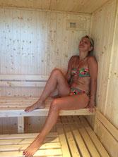 Lassenat, éco- maison d'Hôtes en Gascogne, chambres d'Hôtes de charme, avec table d'hôtes, espace détente avec sauna-hammam, massages, piscine écologique. Dans le Gers, Occitanie.
