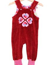 Lumpenprinzessin Strampelhose Nicky rot dunkelrot mit Hamburger Liebe Glücksklee rosa Handarbei Nähen. Genähtes, hergestellt in Deutschland