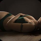 Accès photographe lingerie chambéry  photo femme de dos