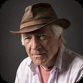 Accès photographe Portrait chambéry professionnel d'un homme en studio