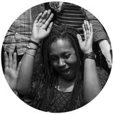 Portrait photo Christel Durand Farah directrice marketing et fondatrice du Festival FIKAS à Montréal