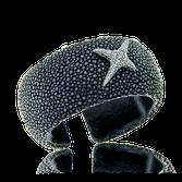 Armreif aus schwarzem Rochenleder mit Weissgold und Brillanten aus der Milchstrasse Kollektion der Goldschmiede OBSESSION
