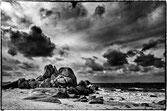 Rocher sur la plage