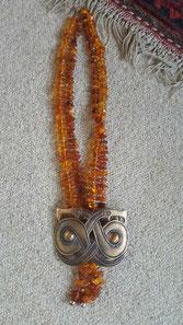Collier BEEHappy Collection Glücksknoten aus Finnland