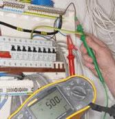Travaux de remise aux normes ou de remise en sécurité d'installation électrique avec Atout SERVICE Angers.