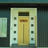 城陽市新築 木製ドア