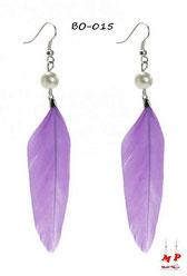 Boucles d'oreilles plumes violettes et perles