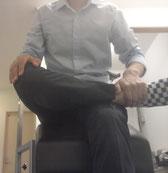 同じ体勢で腰痛の奈良県葛城市の男性