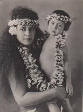 Oturau (Pauline) Pittman Aïtamaï et son fils Marcel