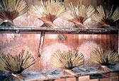 松井本和蝋燭工房の乾燥