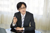 役員会、経営会議への出席を行う会計士・税理士です。