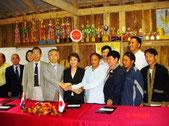 チェンマイ総領事館での調印式