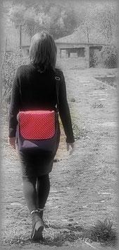 feewerk, Fahrradtaschen, Gepäckträgertaschen, Gepäcktaschen, Satteltaschen, Fahrrad, Hollandrad, rote punkte, Schultertasche