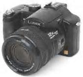 La Panasonic Lumix FZ50 con  sensore CCD da 10 Megapixel,  stabilizzatore di immagine e  zoom ottico 12x. Una delle più  apprezzate e complete  fotocamere prosumer.