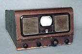 Téléviseur PilotRadio de 1949