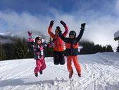 Ski-Freizteitgruppe des SV DJK Heufeld springt in die Luft und war in 2019 viel unterwegs