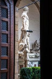 Skulpturen auf der Piazza della Signoria