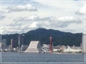 会場 : 神戸学院大学ポートアイランドキャンパス海洋側から神戸市内と六甲山の眺望 風景