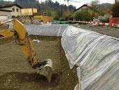 Bild: Bagger beim Baustellen Aushub