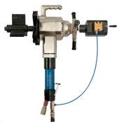 Auto lock portable pipe beveling machine