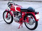 Ducati 24 horas 250 cc., mítico modelo Mototrans