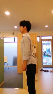 お腹の脂肪で腰痛になった奈良県葛城市の男性