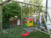 Dzieci musza mieć się gdzie bawić podczas wynajmowania noclegów w Ustce.