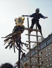 金沢子どもはしご登り「よっー!大統領」いえいえ、違います。この方は「次代のファーストレディ」です。