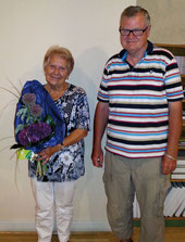 Ein Blumenstrauß als Dankeschön für Helga Lutz mit herzlichem Glückwunsch zum Geburtstag.