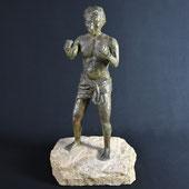 Der Boxer, Gips auf Stein, Alexandra Kapogianni-Beth, www.bildhauerwerke-ak.de
