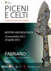 locandina della mostra Piceni e Celti lungo le rive del Giano