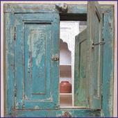 Indiase spiegelluiken,Indiase kast, oosterse meubels, Rajasthan kast, Yugaray, houtsnijwerk