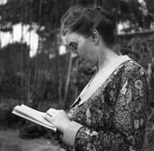 Pippa Strachey 1921