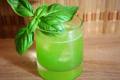 Gin Basil Smash Cocktail Sour Rezept