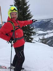 Chefskilehrer Alex zeigt mir sein Skigebiet.