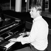 Logo Alexander Hoell - Pianist