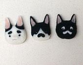 羊毛フェルトの猫ブローチ