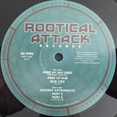 "MICHAEL PROPHET  Free Up Jah Vibes (Rootical Attack 12"")"