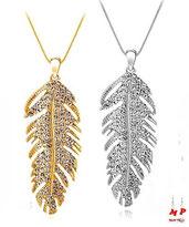 Colliers à pendentifs plumes strass dorée ou argentée serties de strass