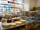 多治見市 本町 オリベストリート 駐車場 織部 陶器 陶器祭り とうきまつり 2021 うつわ 陶人形 お土産 美濃焼 雑貨 洋服 カラフル 洋食器
