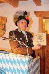 Vorstellung des Band II der Gebirgsschützen-Kompanie Tegernsee durch Hauptmann Florian Baier