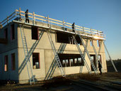 Console-ladder scaffolding